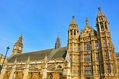 ビッグベンとウェストミン スター宮殿、ロンドン、イギリス — ストック写真