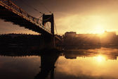 The sun and the bridge — Stock Photo
