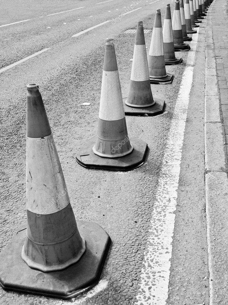 Traffic cone used in street road works — Stock Photo #6529972