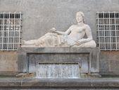 多拉的雕像都灵 — 图库照片