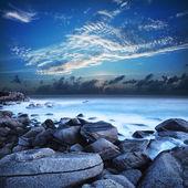 在黎明美丽的泻湖的视图 — 图库照片