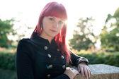 有吸引力的年轻女孩红头发 — 图库照片