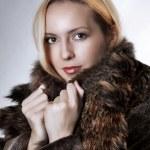 Fashion portrait of beautiful woman — Stock Photo #6294803