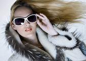 Fashion portrait of beautiful woman — Stock Photo