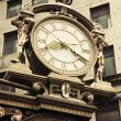 Old street clock in downtown Pittsburgh — Stockfoto