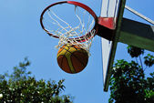 Basketball-swish — Stockfoto
