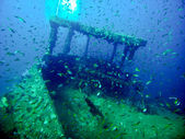 King Cruiser Wreck in waters of Andaman Sea around Phi Phi islands — Stock Photo