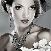 Photo of beautiful girl in weddings decorations in fashion style — Stock Photo