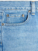 Zak op blue jeans — Stockfoto