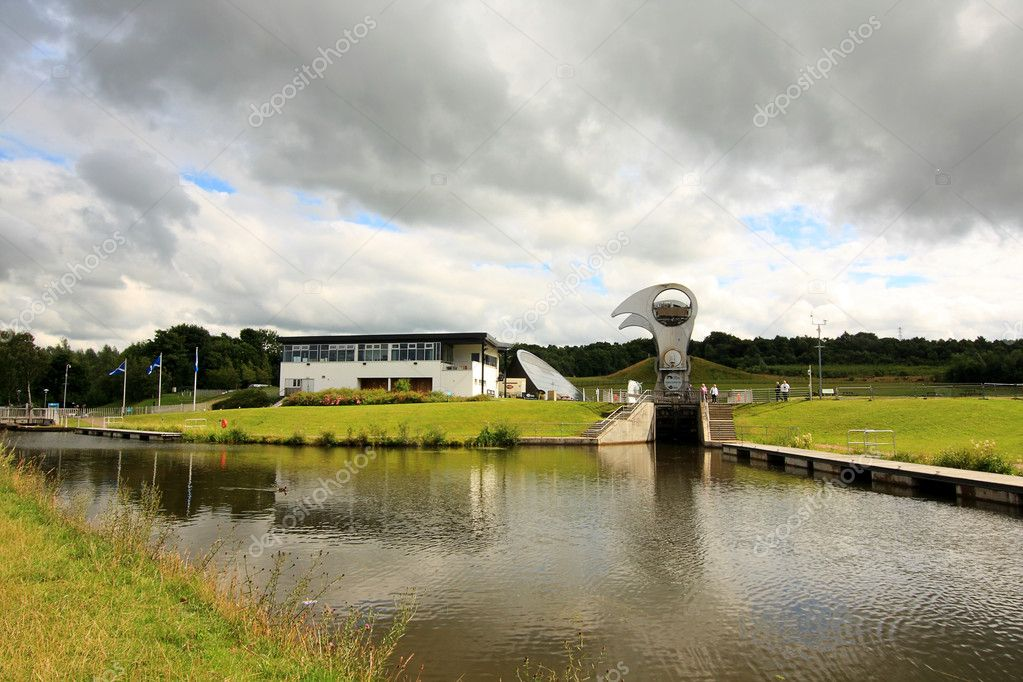 The Falkirk Wheel in Scotland — Stock Photo #6423558