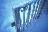 Close up of a fence covered with snow — 图库照片