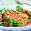 Salad with fried cheese, arugula and fresh vegetables — Stock Photo