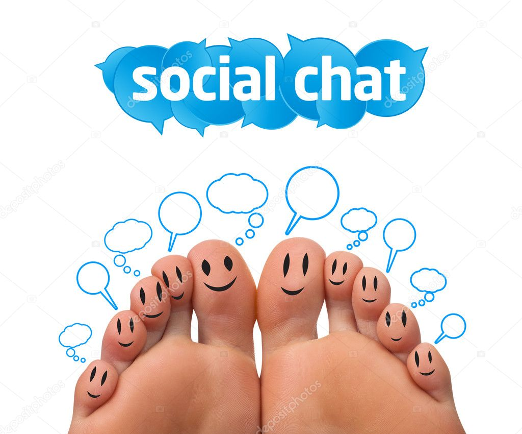 Happy group of finger smileys with social chat sign and speech bubbles  — Stock Photo #5437098