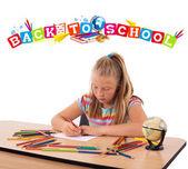 Chica joven dibujo con la espalda al tema escolar aislado en blanco — Foto de Stock