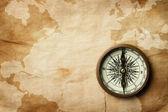 Vintage compass on old map with copy space — Foto Stock