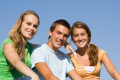 Group of happy teens — Stock Photo
