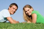 Teen couple with perfect white smiles, — Stock Photo