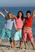 Nastolatki na plaży — Zdjęcie stockowe