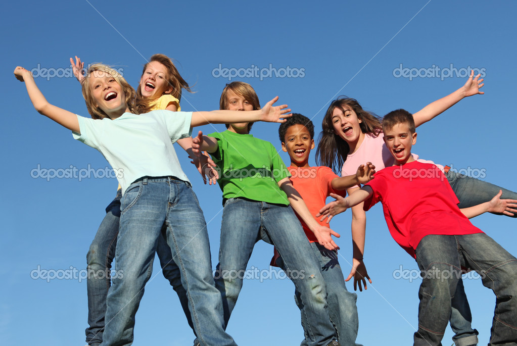 Kids at summer glee club camp — Stock Photo #6361645