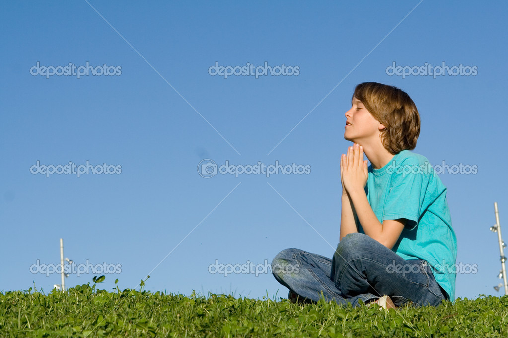 Christianity, child saying prayers outdoors — Stock Photo #6361850
