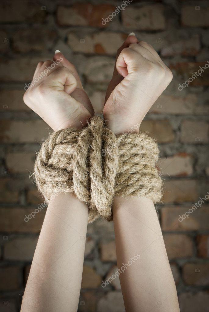 Связать веревкой женщину 23 фотография