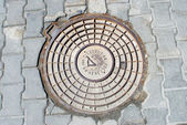 Old manhole — Stock Photo