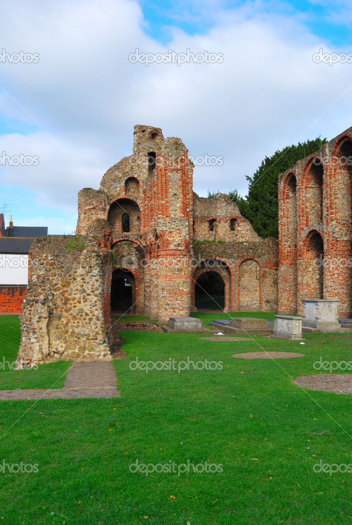 Ruins of Colchester Priory  — Stock Photo #5778530