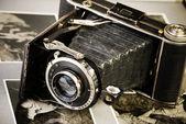 Antyczne składane kamery — Zdjęcie stockowe