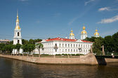 The view from the river on Griboedov Nicholas Naval Cathedral. S — Stock Photo