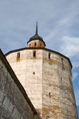 The Kirillo-Belozersky monastery. Bolshaya Merezhennaya Tower. Russian Nort — Stock Photo