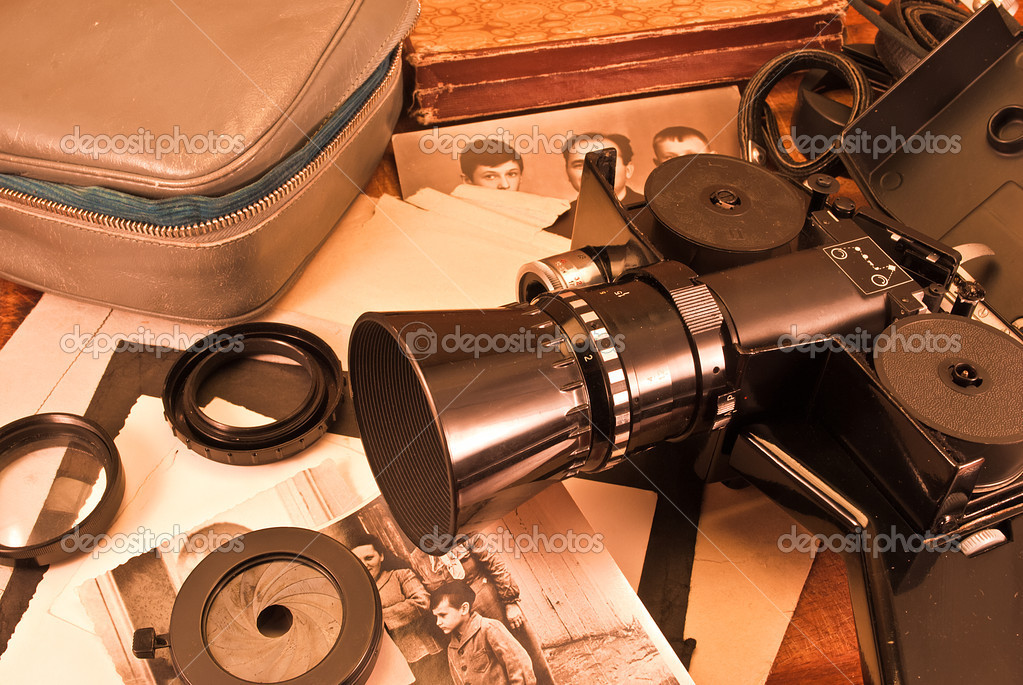 Vintage video camera, accessories and old photo. — Стоковая фотография #6691659