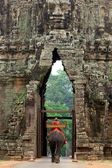 Gate of Angkor Thom in Cambodia — Stock Photo
