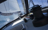Cruising på en segelbåt — Stockfoto