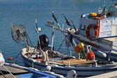 Itália, sicília, marina di ragusa, barcos de pesca no porto — Fotografia Stock