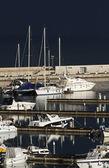 Italië, siciliy, middellandse zee, marina di ragusa, weergave van luxe jachten — Stockfoto