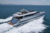 Italy, Tirrenian sea, off the coast of Viareggio, Tecnomar 35 Fly luxury ya — Stock Photo
