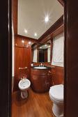 イタリア、トスカーナ、ヴィアレッジョ、tecnomar nadara 26 豪華ヨット — ストック写真