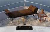 イタリア、トスカーナ、ヴィアレッジョ、tecnomar ベルベット 83 豪華ヨットの弓します。 — ストック写真