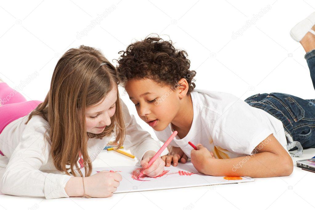幼儿画画婚纱照片