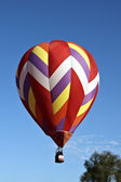 Hot air balloons with bright colors on a hot summer day — Stock Photo