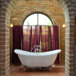 Interior of vintage bathroom — Stock Photo #5392034