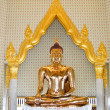 Golden statue , Image of Buddha in temple — Foto de Stock