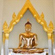 Golden statue , Image of Buddha in temple — 图库照片