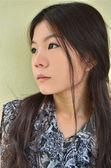 Güzel asyalı bir kadın portresi — Stok fotoğraf