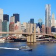 New York City skyline with Brooklyn Bridge — Foto Stock