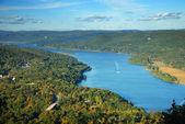 Rio hudson vista de pico de montanha no outono — Foto Stock