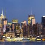 New York City Manhattan midtown skyline at dusk — Stock Photo