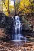Autumn Waterfall in mountain. — Stock Photo