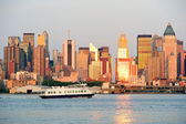 New York City Manhattan at sunset — Stock Photo