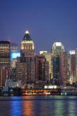Arquitectura urbana moderna en nueva york — Foto de Stock